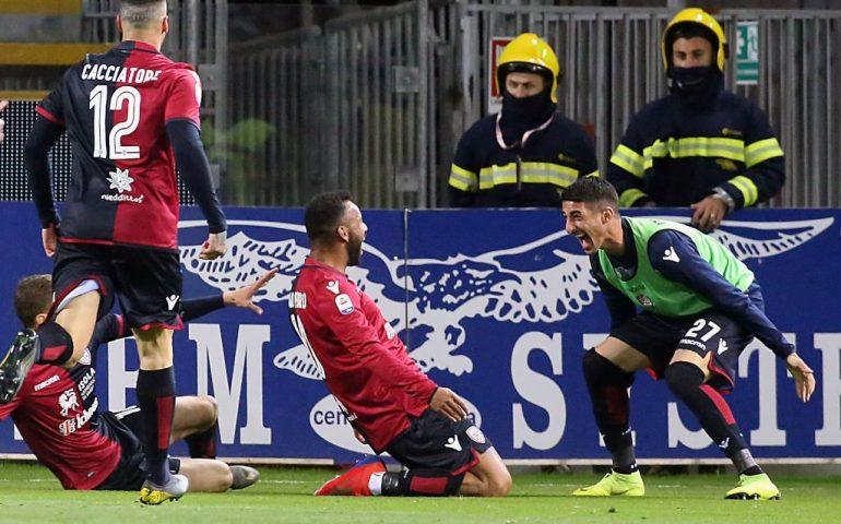 Cagliari show alla Sardegna Arena, 2-1 ad una Fiorentina piccola piccola