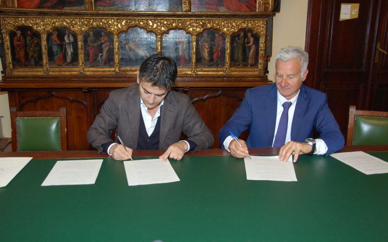 Cagliari, Quartu e l'Università unite per la gestione delle spiagge: firmato l'accordo