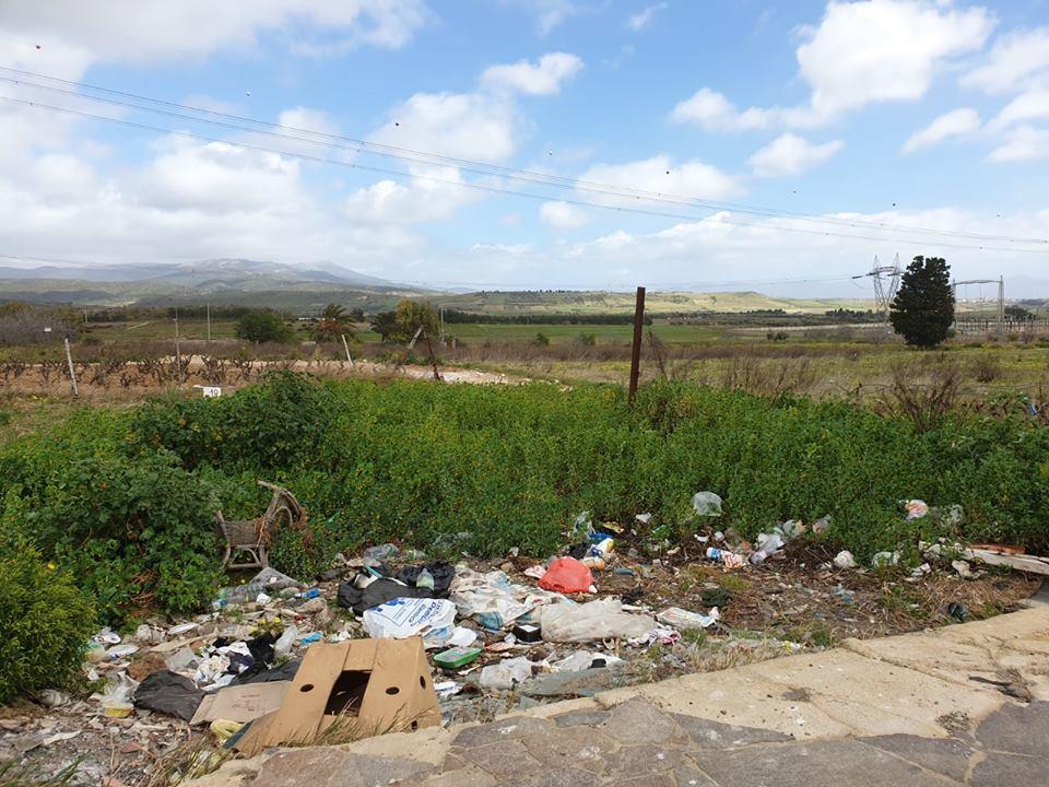 Rifiuti abbandonati nelle campagne di Selargius (3)