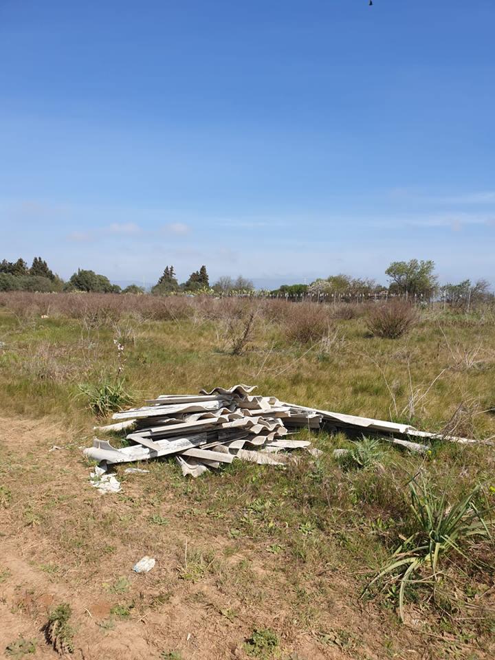 Rifiuti abbandonati nelle campagne di Selargius (5)