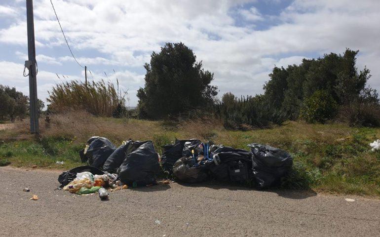 (FOTO) Nel giorno dello sciopero mondiale contro l'inquinamento a Selargius regna l'inciviltà