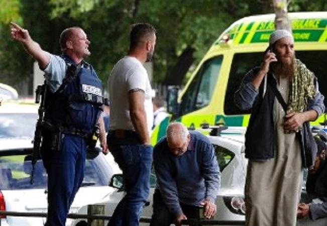 Nuova Zelanda, strage in due moschee: 40 persone uccise in un attacco terroristico