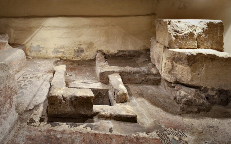 """Lo sapevate? Sotto il palazzo dell'INPS, si trova una """"Fullonica"""", una lavanderia, del I a. C."""