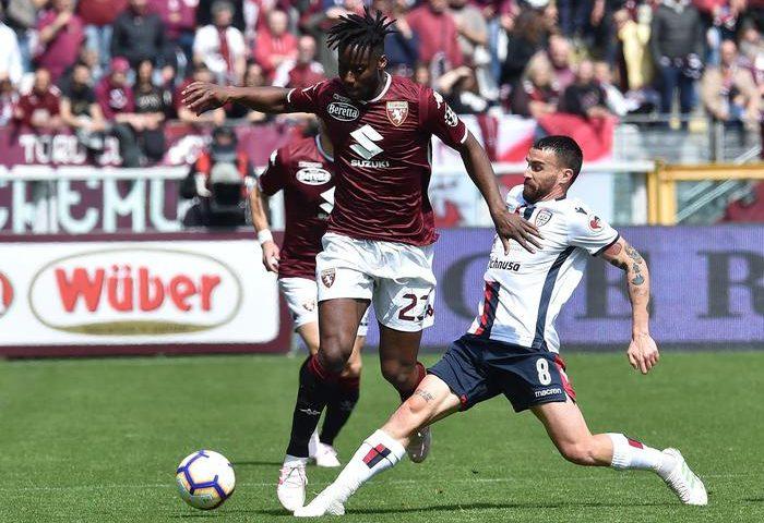 Il Cagliari conquista un gran punto in trasferta: 1-1 col Torino, espulsi Barella e Pellegrini