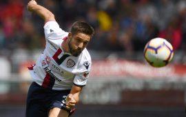 Pavoletti realizza il gol di testa contro il Torino - Foto Lega Serie A