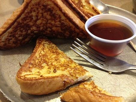 La ricetta Vistanet di oggi: il french toast. A colazione o a merenda, è sempre una buona idea