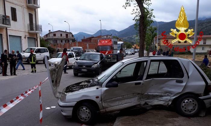 Coppia di anziani coinvolta in un grave incidente a Tertenia: un morto