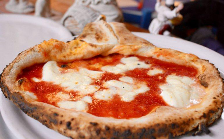 Lavoro a Cagliari. La pizzeria napoletana Sciuè Sciuè di piazza Yenne cerca personale