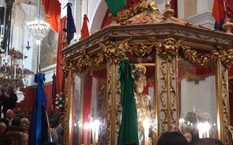 """""""Una Poesia per Sant'Efisio"""". Al via il concorso dell'associazione CartaBianca dedicato al Santo"""
