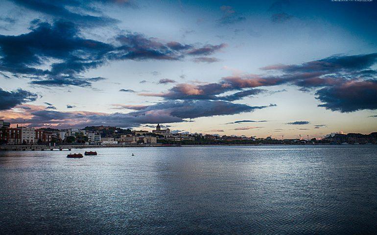 La foto. Incredibile tramonto a Su Siccu nello scatto di Stefano Pintus