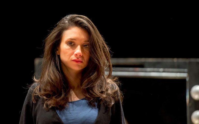 """Vanessa Montanari, attrice innamorata della Sardegna, racconta de """"Il muro tra di noi"""", cortometraggio in cui ha recitato"""