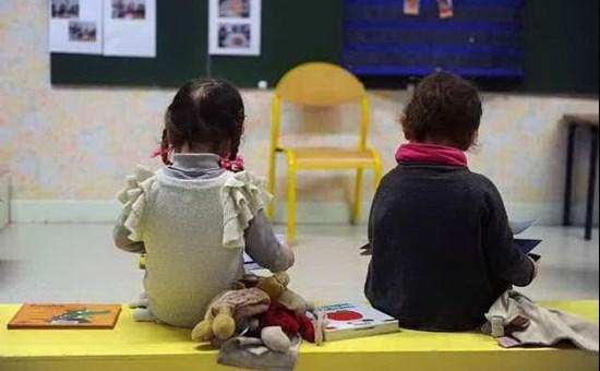 Maltrattamenti alla scuola materna di Santa Maria Navarrese. Due maestre sospese, al vaglio i video delle telecamere