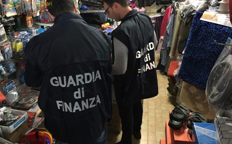Merce contraffatta, pericolosa e non sicura: più di 10mila articoli sequestrati tra Cagliari e dintorni
