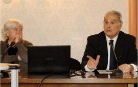 Mauro Carta con il rettore Maria Del Zompo