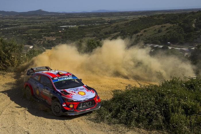 Rally Italia Sardegna: guida lo spagnolo Dani Sordo
