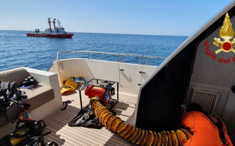 Cagliari: incendio nella sala macchine di uno yacht al largo di Capo Sant'Elia