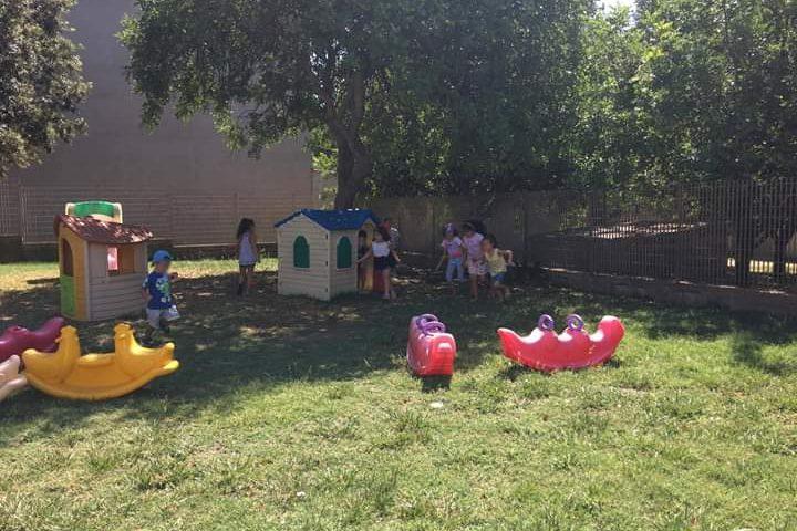 Rubano i giochi dall'asilo di Samassi, il Sindaco: «hai portato via sorrisi dei bambini»