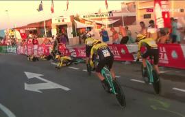 """Vuelta, prima tappa: sfortunato Aru cade resta a 1'06"""" dai vincitori"""