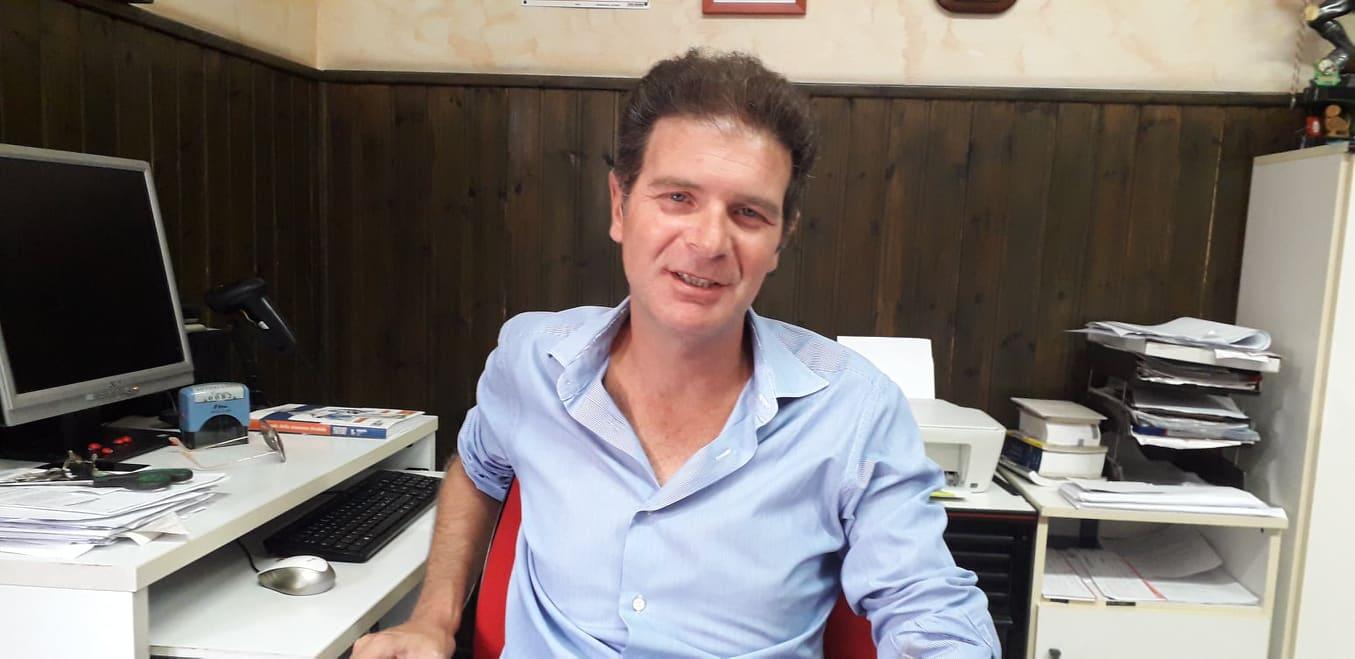Iva 22% patente, Omar Cruccu, gestore autoscuola Cagliari