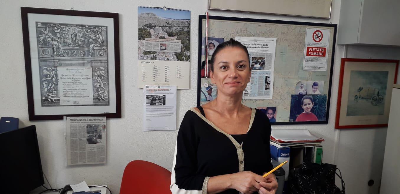 Iva 22% patente, Alessia Masala, gestore autoscuola Cagliari