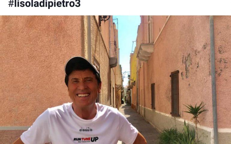 La foto: Gianni Morandi è ritornato a Carloforte