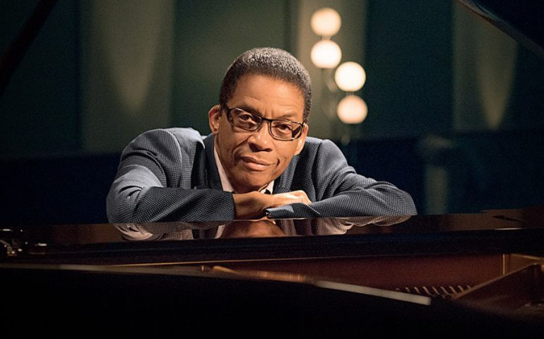 Jazz, il 30 ottobre a Cagliari c'è il leggendario  Herbie Hancock