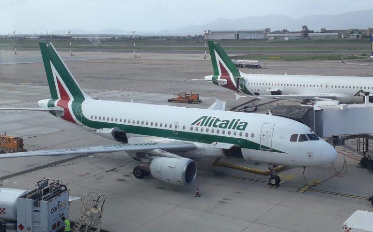Trasporto aereo e marittimo in Sardegna limitato sino al 12 giugno alla continuità territoriale