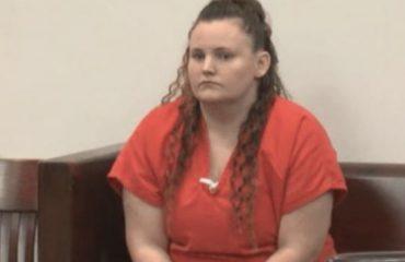Florida: babysitter abusa del bimbo di 11 anni sui cui doveva vigilare e resta incinta. Condannata a 20 anni