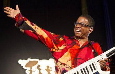 Jazz, il 30 ottobre a Cagliari il concerto del leggendario  Herbie Hancock