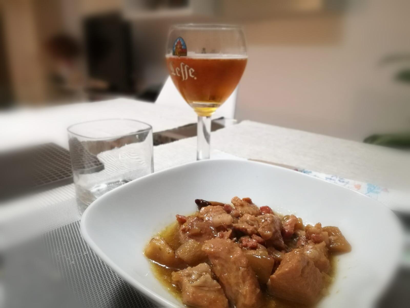 La ricetta Vistanet: spezzatino di maiale sardo alla birra con miele, funghi e castagne