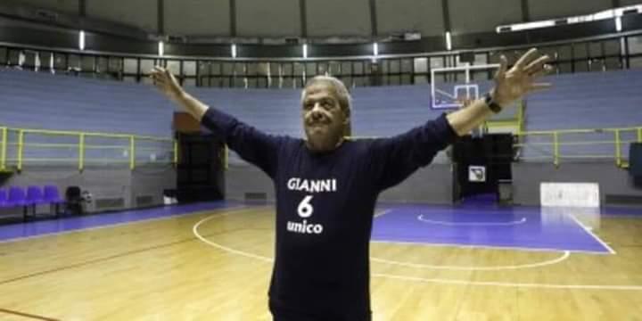 Cagliari dice addio a Gianni Palla il mitico custode del palazzetto di via Rockefeller - vistanet