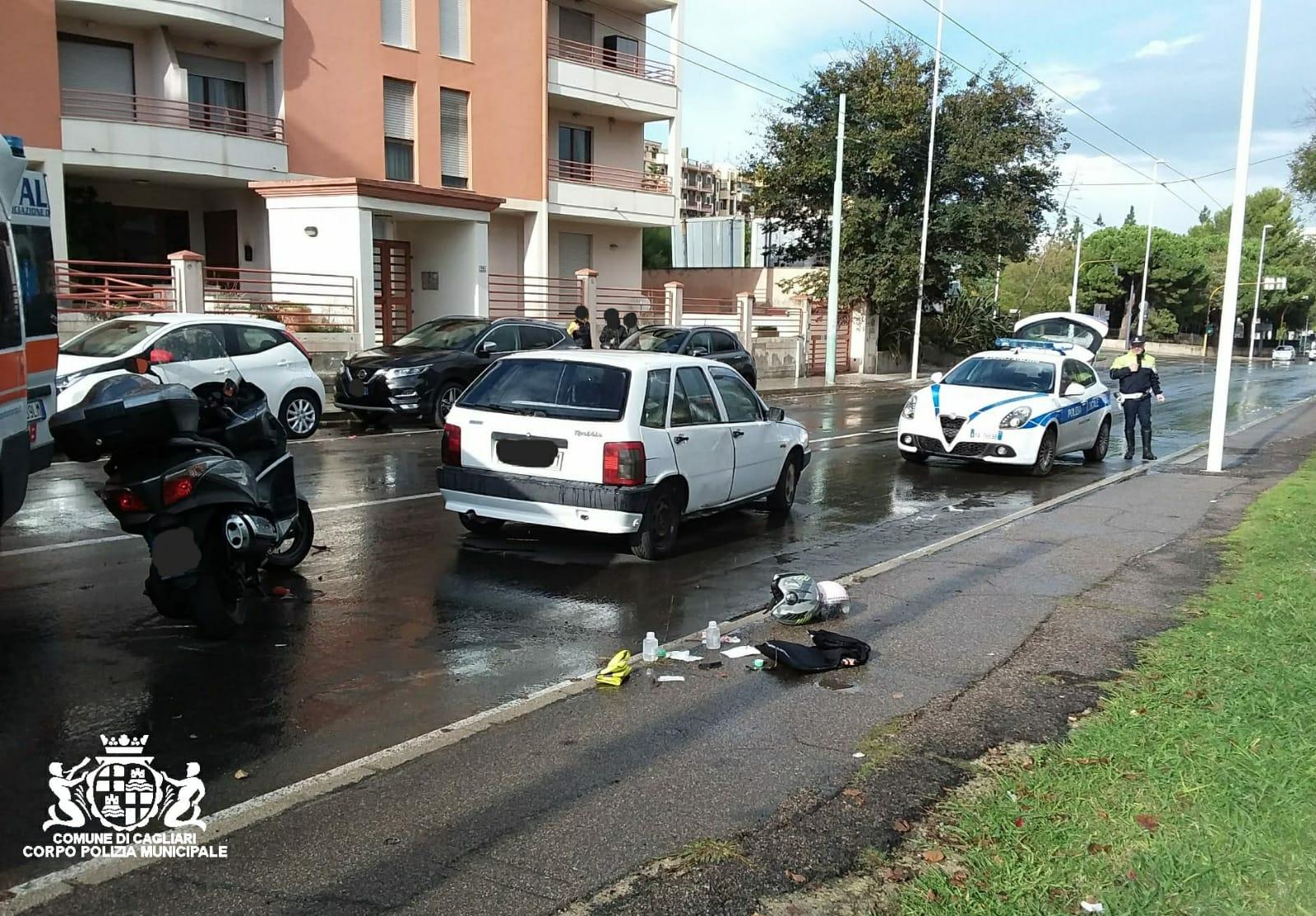 Viale Marconi motociclista grave dopo uno scontro   Cagliari - vistanet