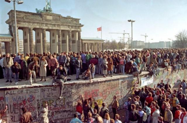 Accadde oggi. 9 novembre, 1989: cade il Muro di Berlino