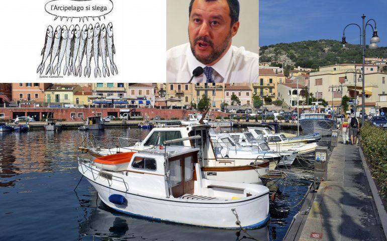 """Il movimento delle """"Sardine"""" arriva in Sardegna: flash mob organizzato a La Maddalena"""