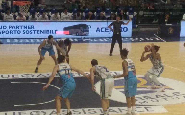 Anche la Vanoli Cremona si inchina alla Dinamo che chiude la partita 84 a 74