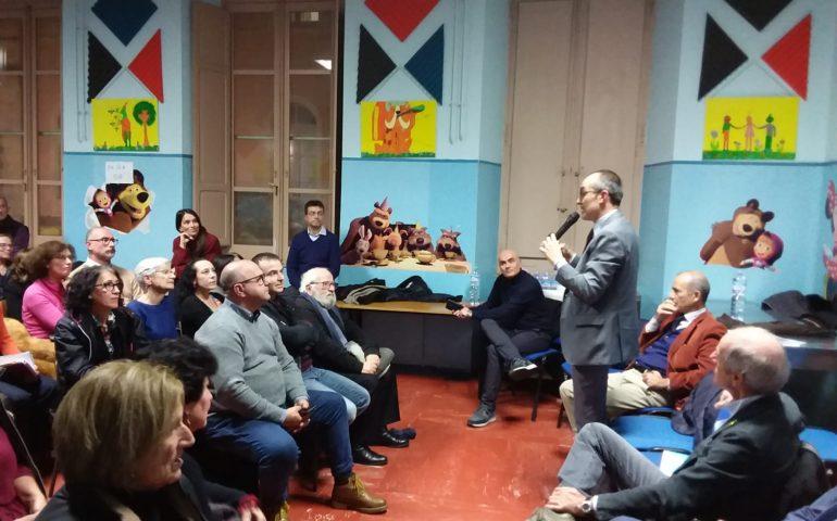 Castello, il sindaco Truzzu incontra i residenti: «Entro il 2020 nuovi bus elettrici per il quartiere»