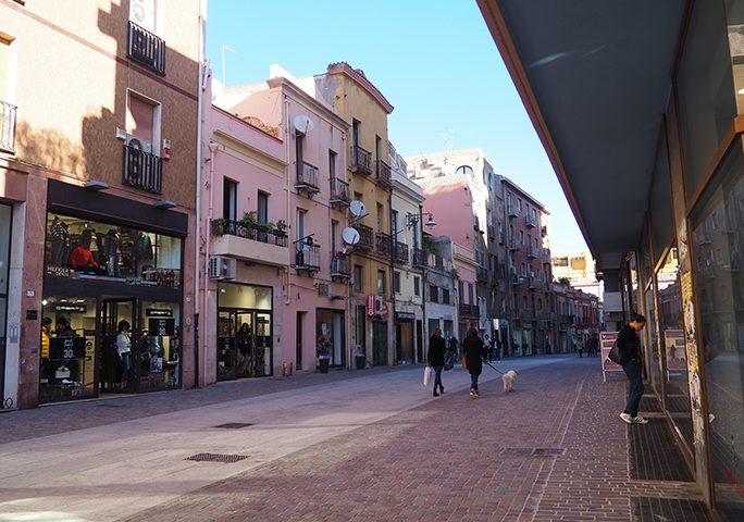 Cagliari, via libera alle auto in via Manno e via Garibaldi? Commercianti e residenti si dividono
