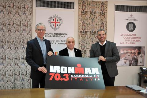 Sport, nel 2020 torna in Sardegna Ironman, la supersfida che unisce corsa, nuoto e ciclismo