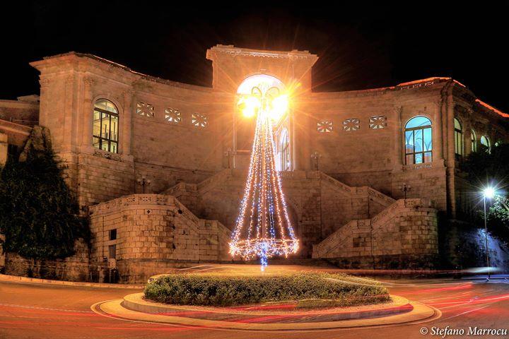 La foto del giorno. Cartolina di Natale del Bastione di Cagliari