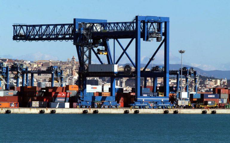 Porto Canale di Cagliari: sequestrato container con rifiuti plastici non autorizzati, diretto in Turchia