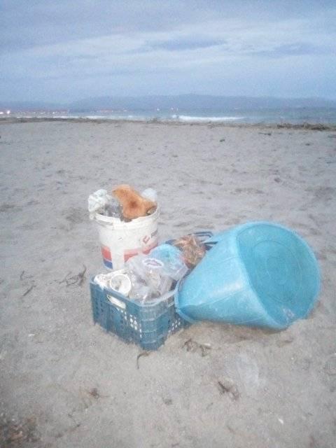 rifiuti-poetto-mareggiate (26)