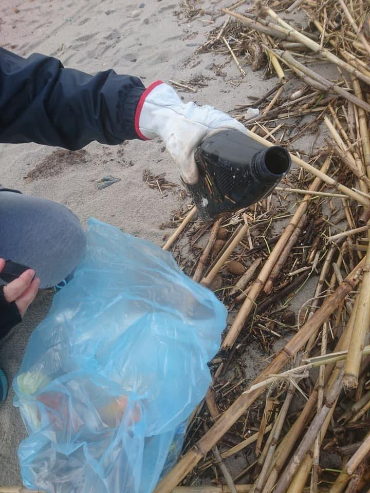 rifiuti-poetto-mareggiate (6)