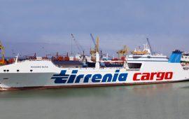 Stangata per gli autotrasportatori, pagheranno il 25% in più sui traghetti, è allarme in Sardegna