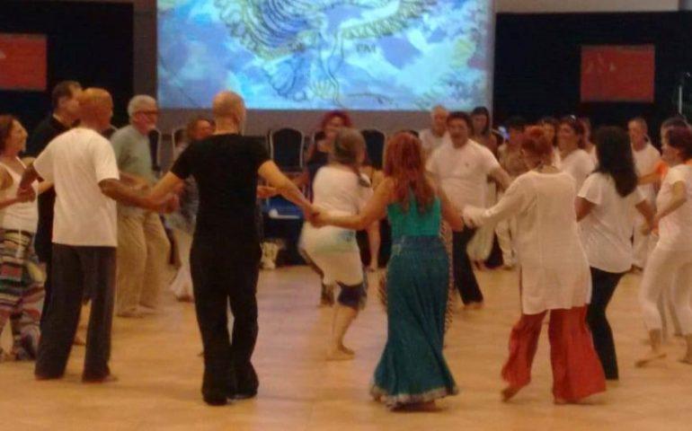 Biodanza: si diffonde a Cagliari un nuovo modo di star bene, fatto di emozioni, musica e movimento
