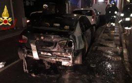 Incendi auto a Selargius e a Pirri