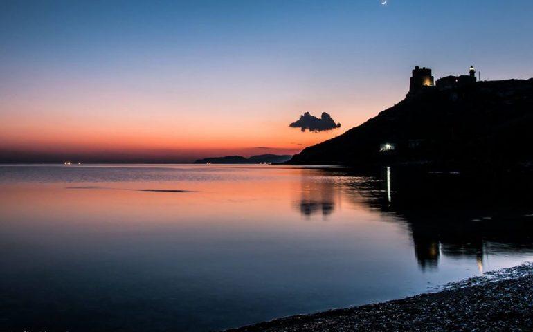 La foto. Uno splendido tramonto a Calamosca