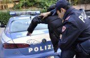 Follia a Olbia: versa l'anticipo ma l'auto arriva in ritardo, cerca di dare fuoco alla concessionaria
