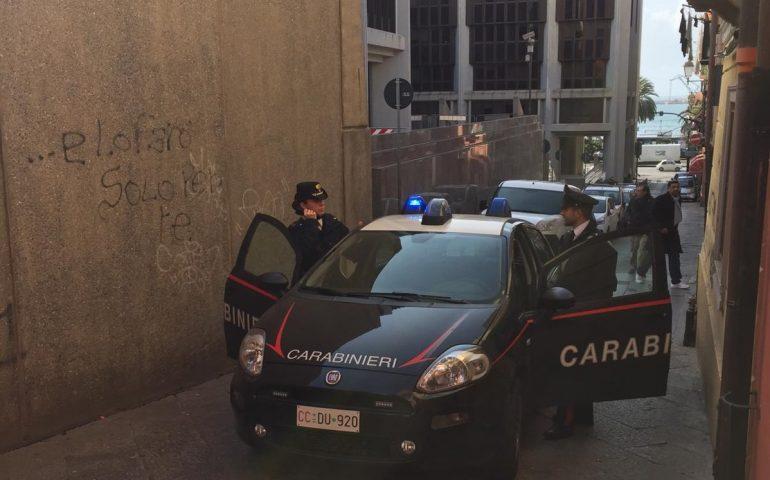 Cagliari, 48enne picchiato e rapinato: ennesima aggressione a La Marina