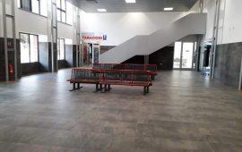 Stazione Arst: apre la sala d'attesa, i lavori non sono finiti, ma almeno i passeggeri aspettano al chiuso