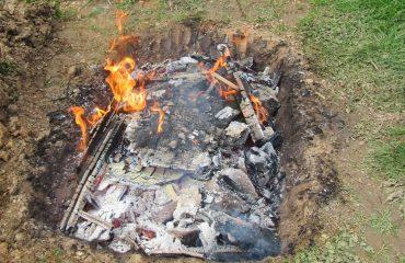 """La ricetta Vistanet di oggi: """"Su sirboni a carraxiu"""", il cinghiale cotto sotto terra, una preparazione antichissima"""